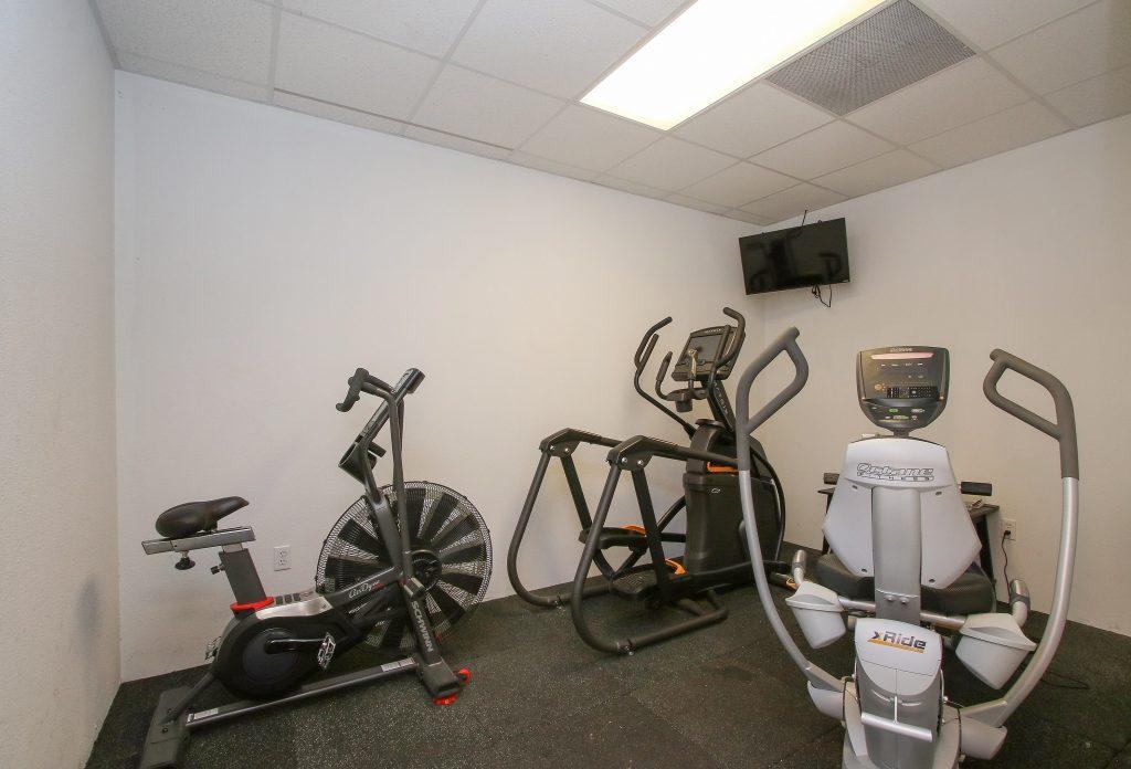 Workout station